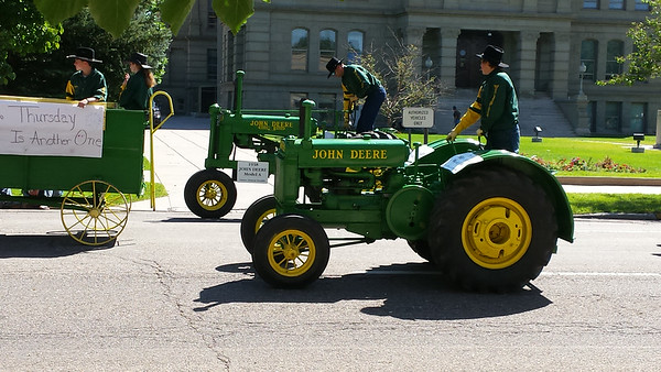 2014 Frontier Days Parade